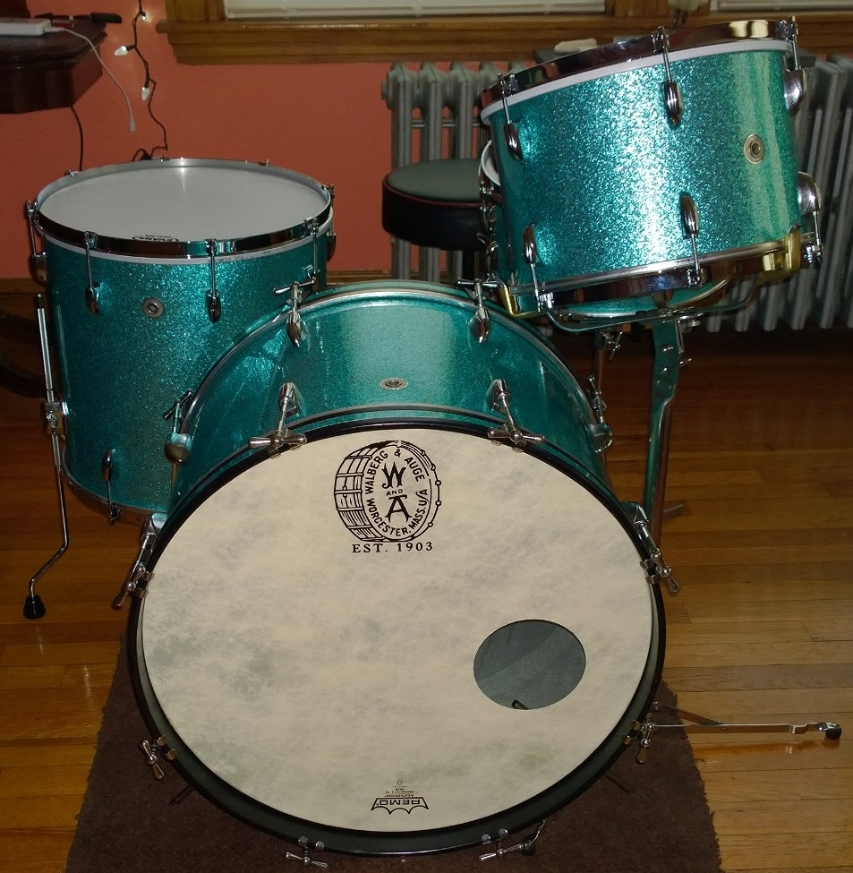 1962 Walberg and Auge Drum Set Turquoise Sparkle.jpg