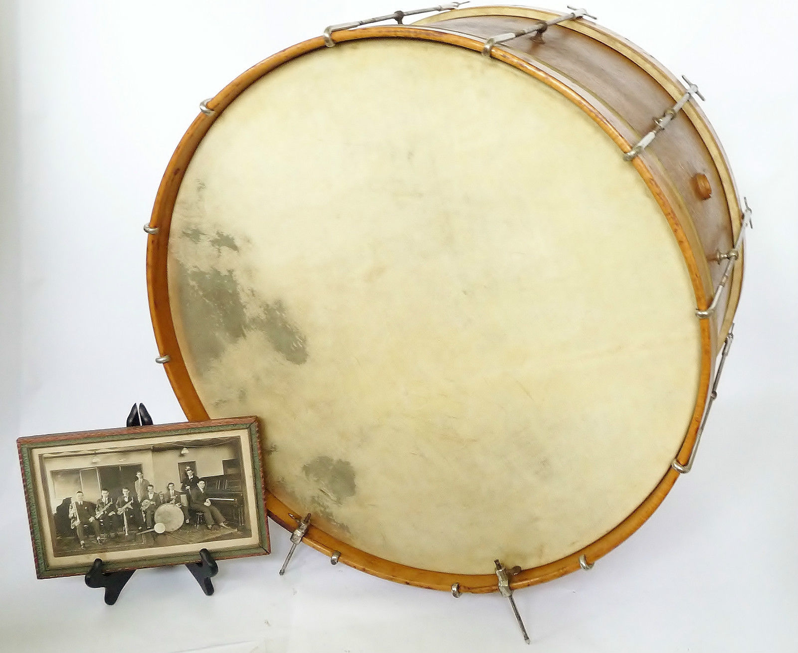 1919 Walberg and Auge Bass Drum.jpg
